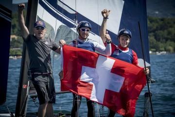 Team Tilt's Sebastien Schneiter and Gregoire Siegwart win Geneva stage of Red Bull Foiling Generation 2016